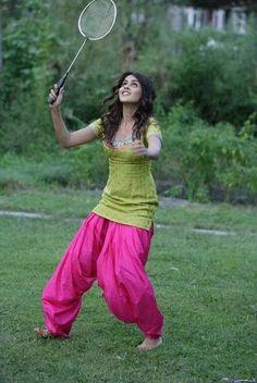 Genelia D\'Souza is an Indian film actress, model, and. Indian Film Actress, Beautiful Indian Actress, Indian Actresses, Genelia D'souza, Kurta Patterns, Punjabi Dress, Salwar Designs, Celebs, Celebrities