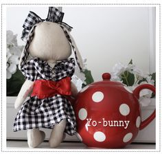 * Sew we Stitch: Yo-bunny and Bunny talk with the Riot Boys