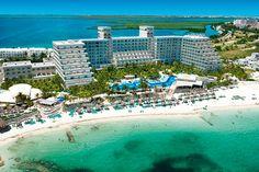 Se sitúa en la zona hotelera de Cancún, México, el Hotel Riu Caribe (Todo Incluido 24h) está a la orilla de una playa de aguas turquesas y arena fina. Hotel Riu Caribe - Hotel in Cancun, Mexico - RIU Hotels & Resorts.