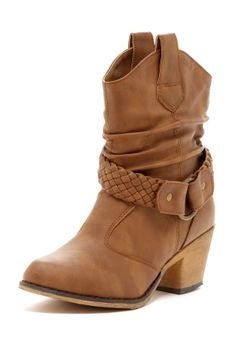 Short leather boot with heel. - WANT WANT WANT for Wild Country!