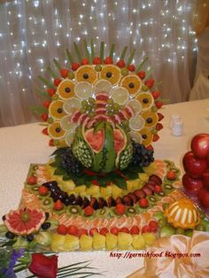 Fruit Carving Arrangements and Food Garnishes: Watermelon Peacock and Fruit Display