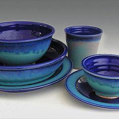 Handmade In The USA 5 Piece Dinnerware Set Cobalt Blue And Turquoise Glaze