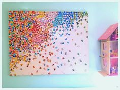 Amazing DIY decor idea: Upcycled puzzle wall art from pieces you may have just thrown out.