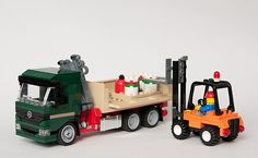 Mercedes and fork lift   by Thomas Selander