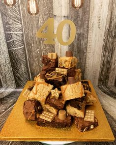Cake Brownies, Blondie Brownies, Birthday Cake Alternatives, Brownies From Scratch, How To Stack Cakes, 21st Birthday Decorations, Cupcake Gift, Mum Birthday, Blondies