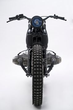 Have a look at a variety of my most favorite builds - custom scrambler ideas like Scrambler Motorcycle, Cool Motorcycles, Motorcycle Style, Bobber, Motorcycle Tattoos, Cafe Racer Style, Bmw Cafe Racer, Cafe Racer Build, Bmw Vintage