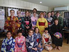 Tabara in Japonia la Fukuoka 2017. Tabara internationala de limba, cultura si traditie japoneza ofera cursuri de limba japoneza pentru orice nivel lingvistic. Pentru incepatori este necesara cunoasterea alfabetului Hiragana. Tabara de grup are loc in perioada 20 august - 2 septembrie. Japonia este considerata cea mai sigura tara din lume, aceasta tabara de vara aflandu-se printre optiunile de vacanta ale adolescentilor. Pentru detalii: 0736 913 866 office@mara-study.ro www.mara-study.ro