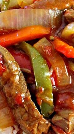 Crock Pot Pepper Steak for dinner Crockpot Dishes, Crock Pot Slow Cooker, Crock Pot Cooking, Beef Dishes, Slow Cooker Recipes, Crockpot Recipes, Cooking Venison, Crock Pot Cube Steak, Crock Pot Ribs