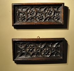 A PAIR OF EARLY 16TH CENTURY TRACERY PANELS. CIRCA 1500.