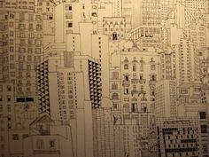 """A vida na cidade grande. Esse é o foco da exposição """"Infinita Descontinuidade"""", da artista plástica Juliana Russo, em cartaz no Espaço Epicentro Cultural."""