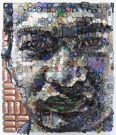 Retratos hechos con desechos plásticos.   Quiero más diseño