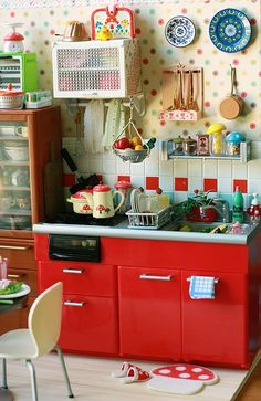 Lovely play kitchen - GO TO THE BLOG. She has an absolutely wonderful DREAM girls room!