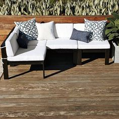 obsessed wtih this outdoor seating area! OMG I WANT I WANT I WANT!! (west elm wood-slat sectional)
