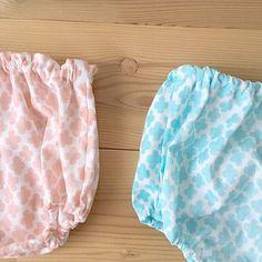 汗っかきのベビーには、とびきりふわふわのダブルガーゼでパンツを作ってあげましょう♪シンプルなデザインなのでとっても簡単です。それに、赤ちゃん用のアイテムは小ぶりなので、こちらも手ぬぐいサイズの布が1枚あれば作れちゃいますよ。