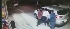 InfoNavWeb                       Informação, Notícias,Videos, Diversão, Games e Tecnologia.  : Mãe luta com bandidos e tira filho de carro roubad...
