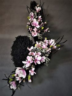 Grave Decorations, Ikebana, Funeral, Diy And Crafts, Floral Wreath, Wreaths, Home Decor, Beautiful Flower Arrangements, Floral Crown