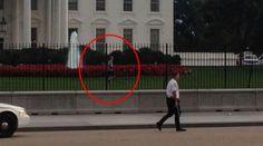Homem pula cerca da Casa Branca e é preso  http://angorussia.com/noticias/mundo/homem-pula-cerca-da-casa-branca-e-e-preso/