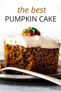 This is my perfectly spiced, rich, and moist pumpkin cake topped with luxuriously creamy and tangy cream cheese frosting. It's simply the best pumpkin cake I've ever had. Recipe on. Pumkin Cake, Pumpkin Cake Recipes, Best Cake Recipes, Pumpkin Dessert, Fall Recipes, Dessert Recipes, Carrot Cake, The Best Pumpkin Cake Recipe, Cupcake Recipes