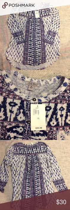 Lucky Brand shirt Awesome pattern very soft knit, button front shirt. Lucky Brand Tops Button Down Shirts