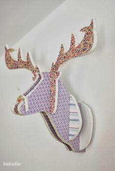 DIY: Cabeza de ciervo con cartón pluma y telas : x4duros.com
