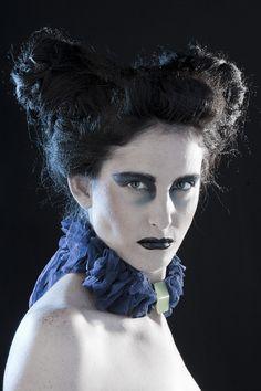 photo: Carola Ducoli  Blue ruffles necklace