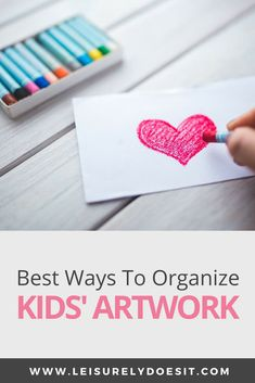 Need ideas for how to store kids' artwork, as well as the best ways to display them? Here are some great tips on how to organize all of those fun DIY crafts your children bring home from school. Organizing Kids Artwork, Home Organization Hacks, School Organization, Getting Rid Of Clutter, Getting Organized, Cleaning Schedule Printable, Declutter Your Life, Fun Diy Crafts, Store