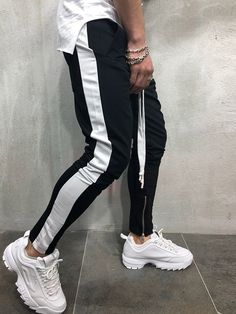 Men's Side Stripe Ankle Zip Drawstring Trackpants 2018 New Autumn Fashion Hip Hop Men Contrast Jogger Sweatpant Pantalon Hombre Streetwear Fashion, Streetwear Brands, Men Street, Street Wear, Mens Joggers Sweatpants, Sport Pants, Jogger Pants Style, Jackett, Men's Fashion Styles