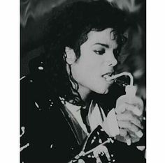 Need some help with that, Mike? You give me butterflies inside Michael... ღ by ⊰@carlamartinsmj⊱