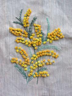 Dans l'atelier de Lina: Troisième livraison de mon herbier brodé : planches 10,11,12 et 13...