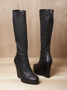 ANN DEMEULEMEESTER, anyone want to sell those (size 38) ?