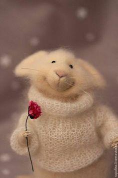 New Funny Happy Birthday Quotes Sweets Ideas Needle Felted Animals, Felt Animals, Baby Animals, Cute Animals, Wet Felting, Needle Felting, Felt Mouse, Cute Mouse, Happy Birthday Wishes