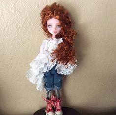 Monster Doll High Repaint. Celeste