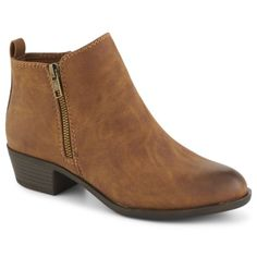 Smooth and sophisticated, the Boleroo women's bootie by Madden Girl exudes smart style