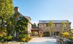 Farmhouse Homes, Farmhouse Style, Restored Farmhouse, Old Style House, Stone Farms, Romancing The Stone, Still Life Photographers, Small Buildings, Stone Houses