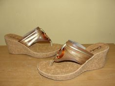 CLARKS Womens Brown Gold Ring Accent Thong Slide Wedge Sandals Heels Size  6M #Clarks #