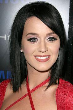 Katy Perry top 10 hair and makeup looks: long bob! 2015 Hairstyles, Celebrity Hairstyles, Cool Hairstyles, Katy Perry, Dark Hair Bobs, Clavicut, Haircuts With Bangs, Trendy Haircuts, Bob Haircuts