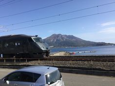 桜島と特急きりしま  #sakurajima and rapid express kirishima.