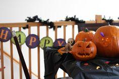 HalloweenPumpkinCarvingParty_5446 Pumpkin Carving, Cool Designs, Quilts, Store, Creative, Crafts, Art, Scrappy Quilts, Art Background