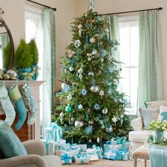 """Still Waters--Notes from a Virginia Shire: """"Blue Christmas Decorations"""""""
