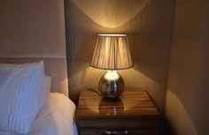 warm coordinates #metallic #wallpaper #lighting #interiors #bedroom