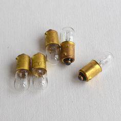 Vintage Tiny Bulbs, Small Light Bulbs, Steam Punk Décor, Retro Glass Bulbs, Altered Art Supplies, Vintage Lamps, Retro Home Décor