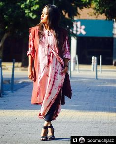 Use #sdmdaily and tag and follow @styledotme to get featured  #Repost @tooomuchjazz with @repostapp   TIE N DYE STORY Ft. GOOD LOOK INDIA & THE INDIAN TRUNK   Collaborating with a very talented designer Jaspreet Singh showcasing his Tie-Dye story. Giving this tie-dye a look that indo western feel that can easily b carried. Paired this Tie-Dye kurta with Tie-Dye jacket folded denims and my fav fav block heels  . Picture CREDITS : @the_indian_trunk ( JASPREET SINGH ) . #POPxoBlogNetwork…