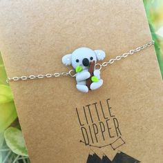 Cute Koala Bracelet Handmade Jewelry by LittleDipperShop on Etsy Polymer Clay Bracelet, Cute Polymer Clay, Polymer Clay Animals, Cute Clay, Polymer Clay Projects, Polymer Clay Charms, Polymer Clay Creations, Clay Crafts, Fimo Kawaii
