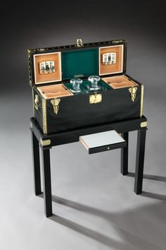 Gentleman's cigar and whisky trunk by Louis Vuitton, c. 1906