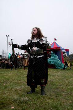 Grandi cavalieri difendono il Castello