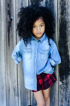 Love, love, love! Such a little cutie (natural hair kids)