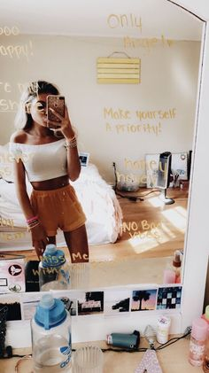 86 trendy and catchy summer fashion outfits to impress everyone 83 Summer Fashion Outfits, Cute Summer Outfits, Outfits For Teens, Teen Fashion, Trendy Outfits, Cute Outfits, Quoi Porter, Mellow Yellow, Outfit Goals