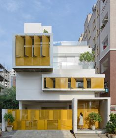 Image 5 of 45 from gallery of Soul Garden House / Spacefiction Studio. Photograph by Monika Sathe Photography Hyderabad, Duplex House, Le Havre, House Elevation, Front Elevation, Facade Design, Sliding Glass Door, Modern House Design, Modern Architecture