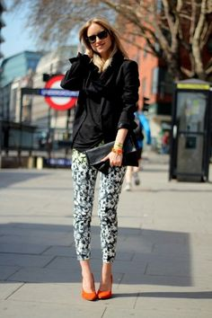 Floral print H trousers