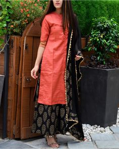 Shop Red and black kurta palazzo and dupatta set Kurta Designs Women, Kurti Neck Designs, Salwar Designs, Blouse Designs, Indian Designer Outfits, Designer Dresses, Designer Kurtas For Women, Designer Kurtis, Indian Attire